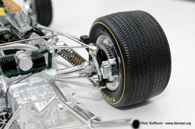 Lotus 12 013