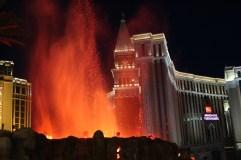 Vulkanshow vor dem Mirage