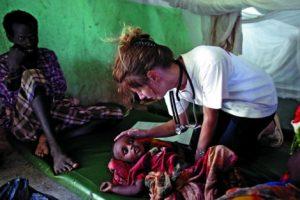 Una medíco de MSF (foto El Mundo)