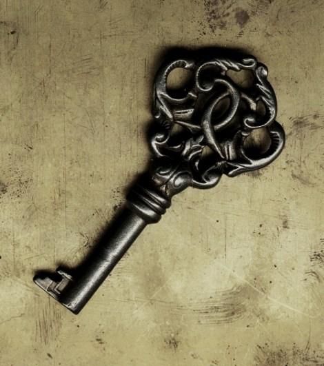 ruins_castle_old_key