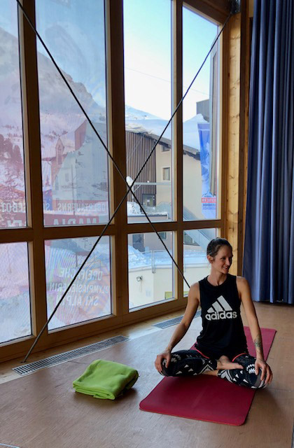 Yoga mit Nini im Tourismusverband Obertauern.