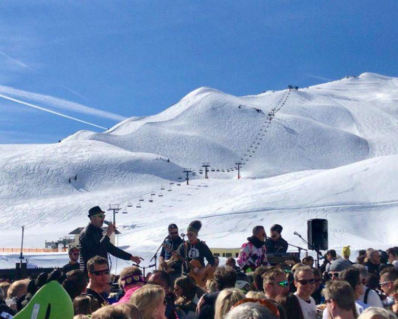 Auch im Obertauern-Skiwinter 2019/20 wieder live auf der Hochalm: Die beliebten Sumpfkröten!