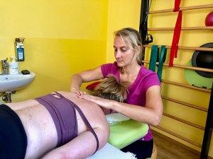 Physiotherapeutin Verena Wagner von VIVO Physio ist Spezialistin, wenn es um den Stütz- und Bewegungsapparat geht.