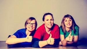 """Neu seit dem Frühjahr 2020 im Praxis-Team von VIVO Physio (v.li.n.re.): Die Trainerinnen Michaela Fanninger, Daniela Knosp und Ulrike Wiedner von """"Reflexintegration Salzburg"""". Foto: Reflexintegration Salzburg"""