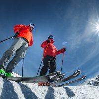 """Mit Sicherheit zum Skifahren nach Obertauern im Skiwinter 20/21. Ab 19. November heißt es: """"The snow must go on""""! Foto: TVB Obertauern"""
