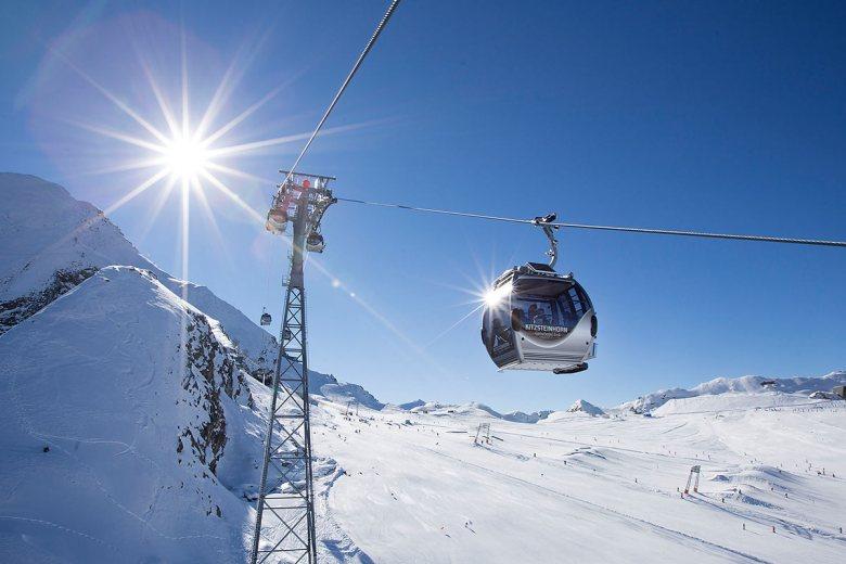 Das Kitzsteinhorn startet mit Samstag, 9. Oktober 2021, in die Skisaison 2021/22. Foto: Kitzsteinhorn/Franz Reifmüller