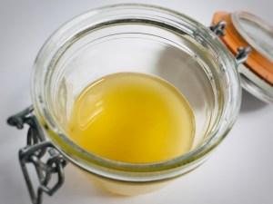saure Rinse mit Haarseife statt spülung oekologisch natuerlich DIY pHwert von Säure