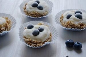 granola bites mit frozen-joghurt
