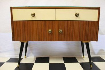 Shopping-Tipp: Möbel und Deko aus den 50ern, 60ern und 70ern