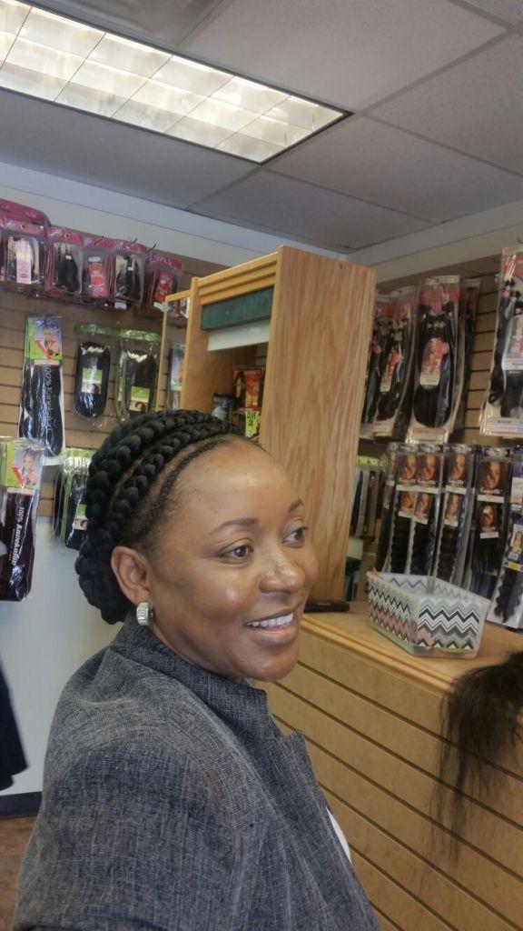 Ghana braids from Diena Simply Natural (DSN Braiding)