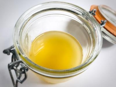 natuerliche Pflege saure rinse wie geht das mit der rinse apfelessig haarseife Pflege DIY