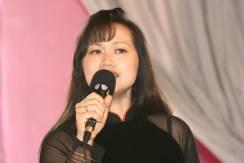 """Tố Lan hát """"A la baie des Anges"""", nhạc phổ thơ Kiệt Tấn"""" và """"Paris đêm hội"""", nhạc phổ thơ Phạm Thị Nhung"""