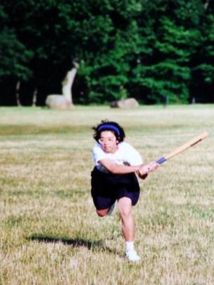 Vân chơi bóng chày