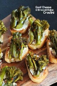 crostini-goatcheese-broccolirabe
