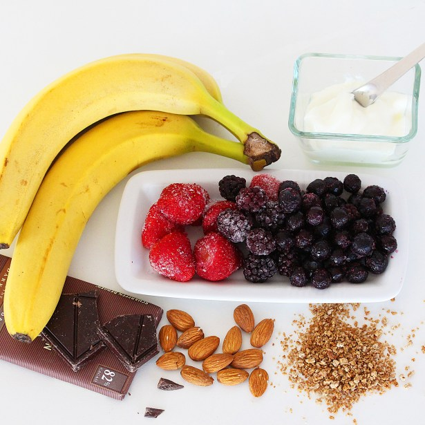 Breakfast smoothie ingredients