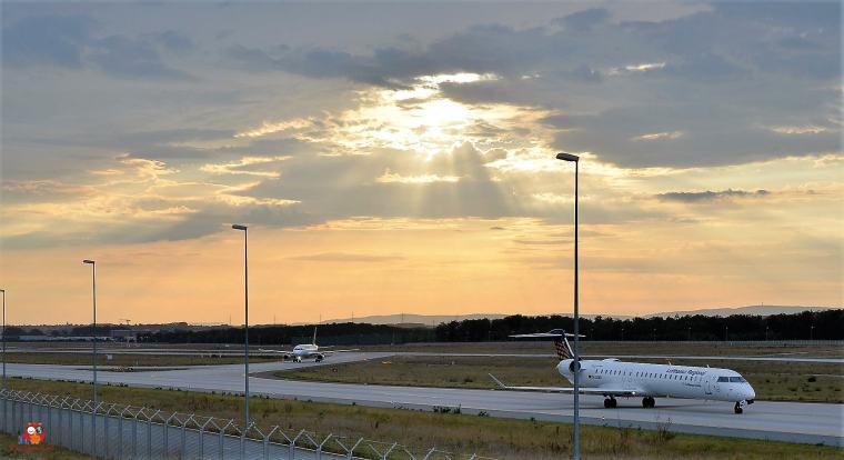 Flugzeuge-Flughafen (15)