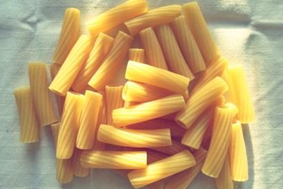 One-Pot-Pasta: Rezept für Segeln und Camping Küche