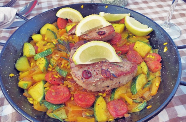 Paella Segelrezept, was kochen beim Segeln.