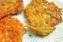 Kartoffelpuffer Rezept Bordküche mit Apfelmus