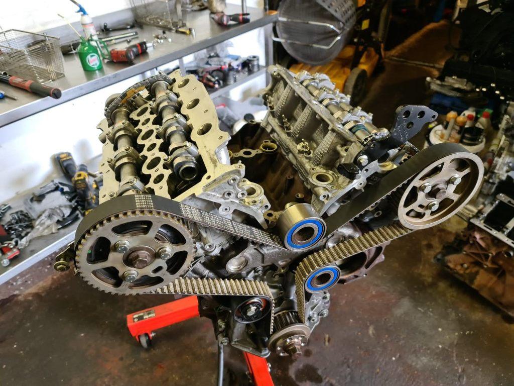 Land Rover 3.0 engine rebuild