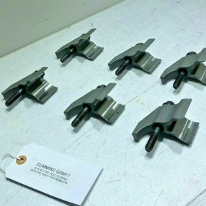 Fuel Injector HOLD DOWN CLAMPS Cummins QS M11 (SET OF 6) 3883144 OEM