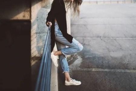 ふくらはぎを細くする方法!歩き方や簡単ストレッチで美脚に!
