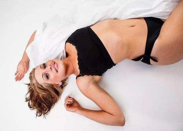 寝る前ストレッチダイエットで簡単に痩せるやり方と効果!