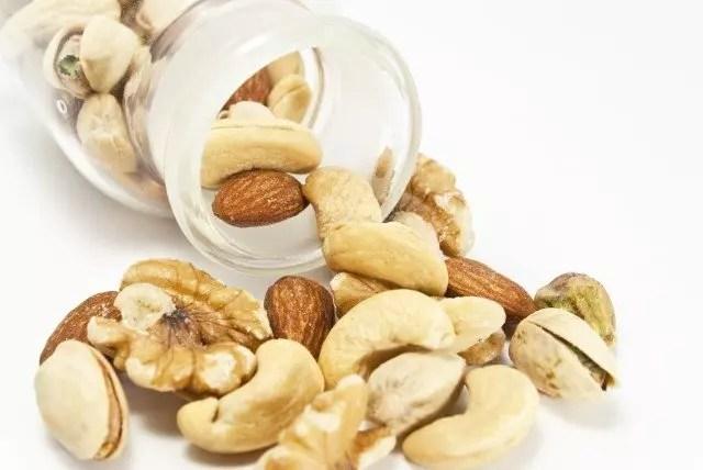 ナッツダイエットの効果的なやり方や口コミとレシピ!食べ過ぎは要注意?