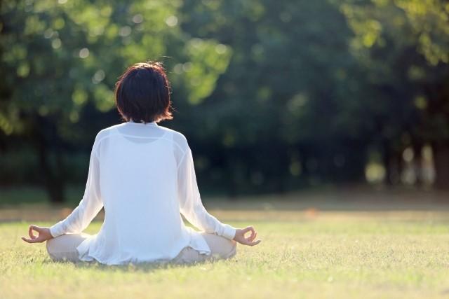 瞑想ダイエットの効果的なやり方!なぜ痩せられるの?