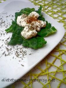kapusta w dietetycznym sosie serowym