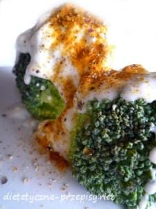 dietetyczne zapiekane brokuły