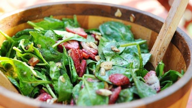 Salata de spanac : Informatii nutritionale