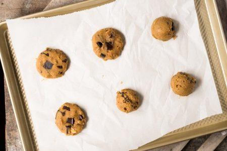 Gluten-Free-Keto-Chocolate-Chip-Cookies-by-Gnom-Gnom-13