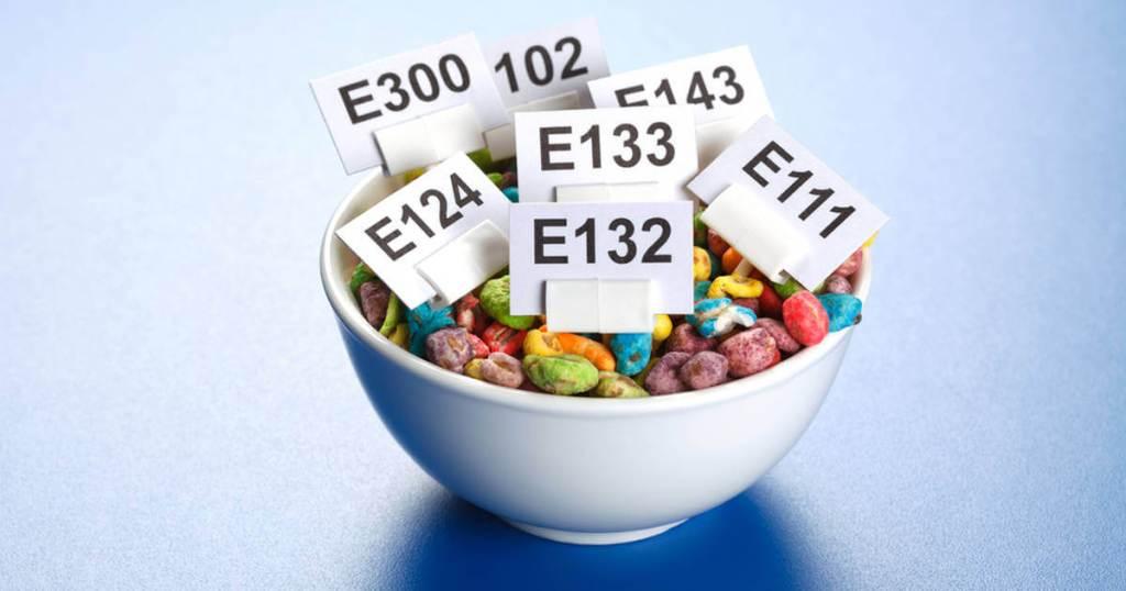 substancje dodatkowe w żywności pełnią wiele funkcji