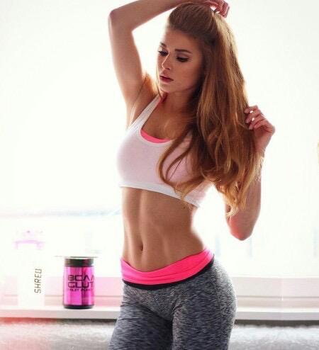 ダイエットは筋トレに決定!1日3分で変わる女性の筋トレメニュー10選