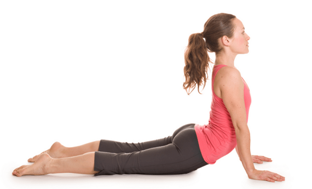 w621_Upward-facing-dog-yoga-for-back-strengthening