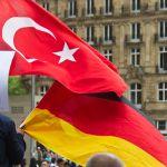 Deutschlands gesetzliche Krankenversicherungen zahlen für Millionen Türken in der Türkei!