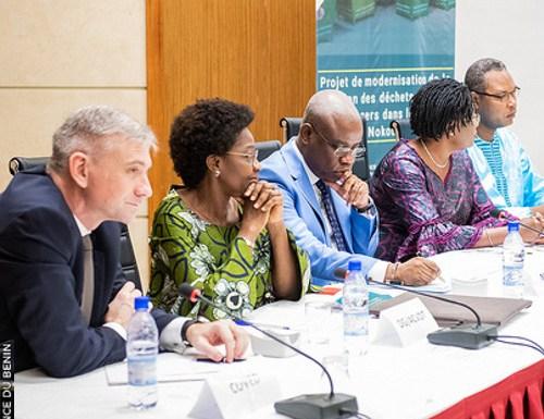 Pollution plastique au Bénin : le Gouvernement lance la modernisation de la gestion des déchets solides