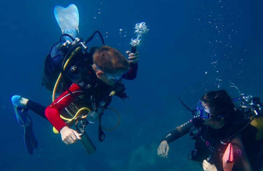 10 bonnes raisons de favoriser la plongée sous-marine chez les enfants