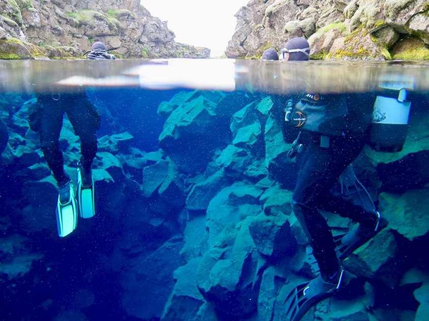 Photo de la mise à l'eau pour la plongée dans la faille de Silfra
