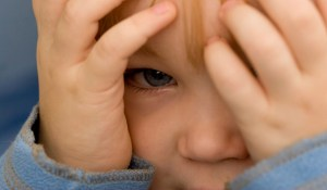 7-behavioral-symptoms-very-young-children-with-PTSD-may-exhibit.