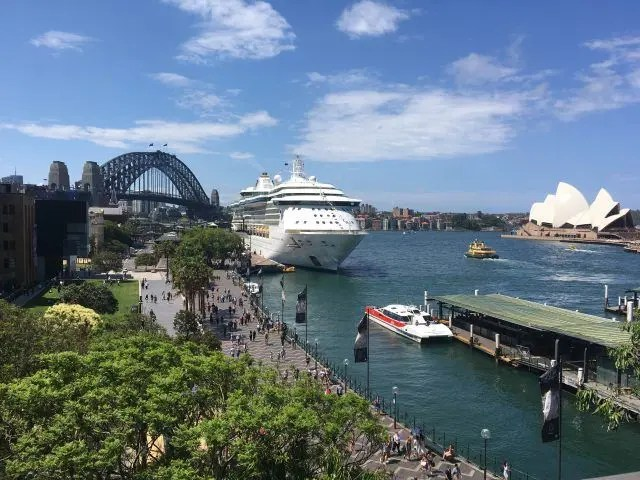 The Opera House and the Sydney Harbour Bridge are the two icons of Sydney. The Cahill Expressway is where you go to get them both in the same photo.