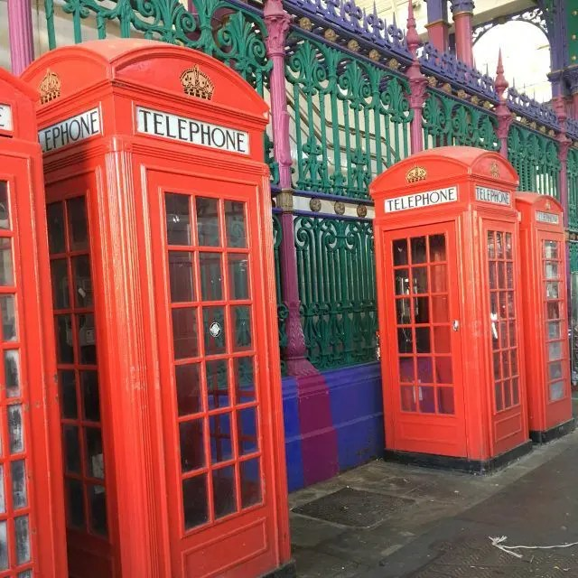 These photogenic phoneboxes are just some of the things I found on my hidden London tour of things I'd never seen before. There's also a singing lift, chewing gum artwork and a secret tube station river.