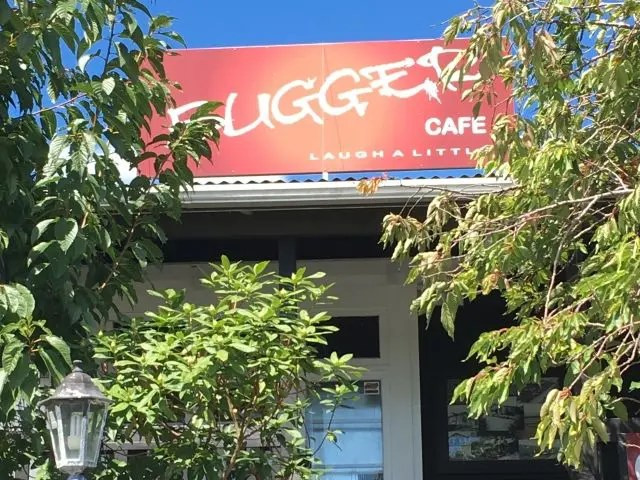 Outside of the Bugger Cafe in Tirau
