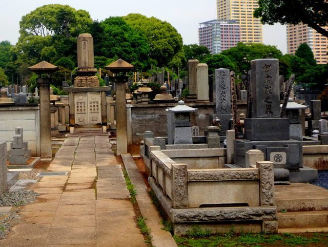 It might sound strange to wander around a cemetery on your holiday, but Yanaka is not only Tokyo's oldest cemetery it's also one of the biggest in Japan. It's a great place to wander in the early morning in Tokyo when not much else is open.
