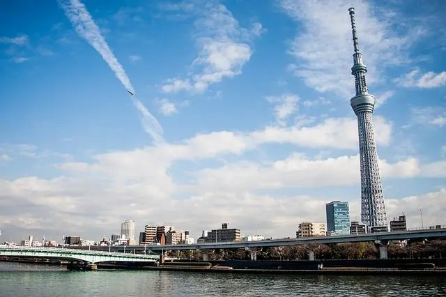 Tokyo Skytree opens at 8am - making it one of the perfect things to do in Tokyo in the early morning.