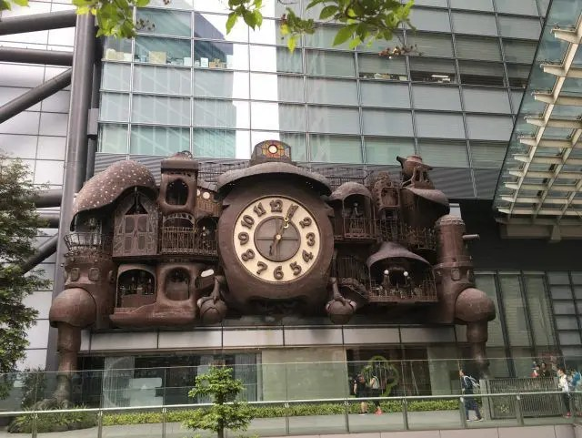 If you love Studio Ghibli don't miss this clock near Shiodome station