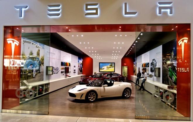 2014-03-13 Tesla Store