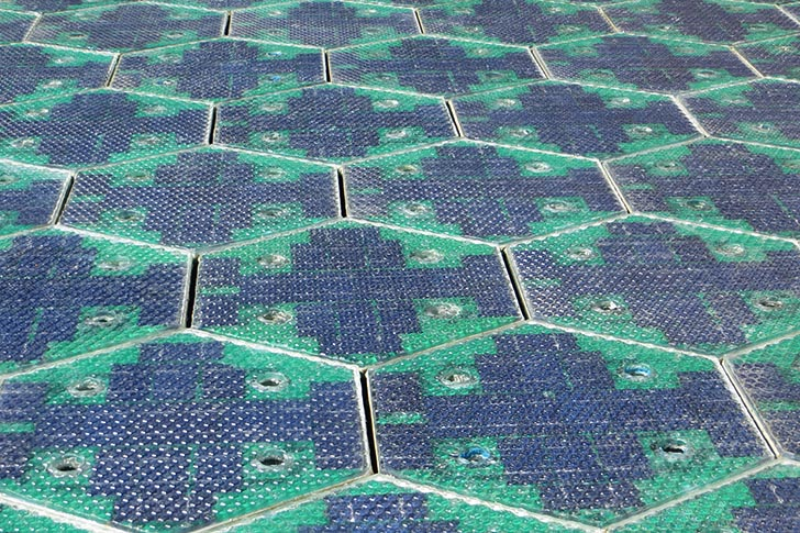 2014-05-23 Solar Roadways