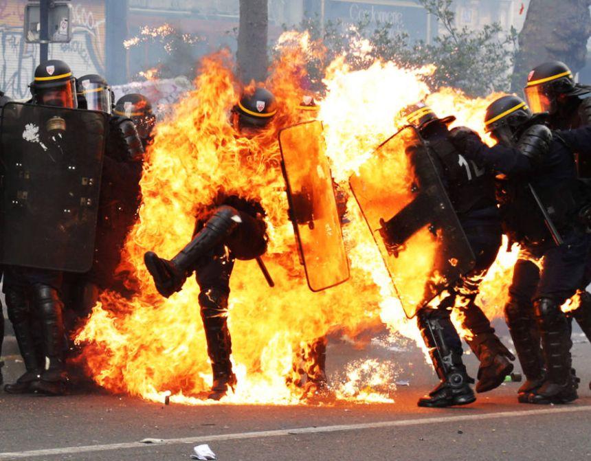 d 62 - 28 imágenes que muestran el drama de las protestas en Francia